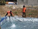 bpbd-jatim-saat-mendroping-air-bersih-ke-sejumlah-desa-di-kabupaten-sampang.jpg