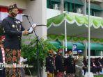 bupati-bangkalan-r-abdul-latif-amin-imron-memimpin-upacara-hari-jadi-ke-490-bangkalan.jpg