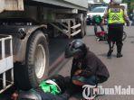 driver-gojek-tewas-di-bundaran-waru-surabaya-ditabrak-trailer.jpg