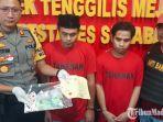 dua-pemuda-yang-ditangkap-polisi-karena-judi-domino.jpg