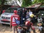 evakuasi-korban-saiful-34-di-warung-kopi.jpg