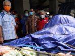 gubernur-jateng-ganjar-pranowo-mengirimkan-bantuan-logistik-untuk-korban-gempa-bumi-di-jawa-timur.jpg