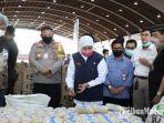 gubernur-khofifah-indar-parawansa-saat-meninjau-lumbung-pangan-jatim-di-jatim-expo.jpg
