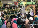 hampir-seluruh-warga-pulau-masalembu-menyaksikan-langsung-tradisi-tahunan-bulan-ramadan.jpg