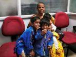 ibu-asal-tamil-nadu-india-prema-selvam-menjual-rambut-agar-bisa-makan-dengan-anaknya.jpg