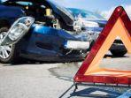 ilustrasi-kecelakaan-lalu-lintas-pengemudi-mobil-tabrak-pejalan-kaki.jpg
