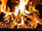 ilustrasi-terbakar-selasa-15102019.jpg