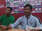 indra-sjafri-pelatih-timnas-u-22-di-stadion-gelora-bangkalan-selasa-1222019.jpg