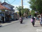 jalan-raya-area-monumen-trunojoyo-sampang.jpg