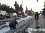 jalur-jalan-nasional-surabaya-lamongan-di-ruas-pucuk-babat-mulai-dikerjakan-dan-macet.jpg
