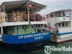 kapal-kmp-dharma-bahari-sumekar-1-yang-melayani-penumpang-tujuan-pulau-kangean.jpg