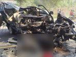 kecelakaan-isuzu-panther-vs-truk-diesel-terjadi-di-jalur-pantura-tuban.jpg
