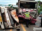 kecelakaan-maut-dua-truk-dijalan-pasuruan-probolinggo1.jpg