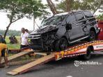 kecelakaan-mobil-di-akses-jalan-jembatan-suramadu2.jpg