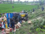 kecelakaan-truk-di-desa-dawu.jpg