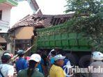 kecelakaan-truk-hino-tabrak-rumah-warga-di-kabupaten-malang.jpg