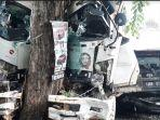 kendaraan-karambol-di-jalan-raya-bungah-kecamatan-bungah-kabupaten-gresik-sabtu-5122020.jpg
