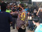 kepolisian-polres-tuban-bubarkan-kopdar-perguruan-silat-di-cafe-kph-jatirogo-minggu-1652021.jpg