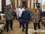 ketua-umum-pkb-muhaimin-iskandar-saat-bertemu-gubernur-jatim-khofifah-di-gedung-grahadi.jpg