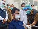 khofifah-indar-parawansa-saat-meninjau-pelaksanaan-vaksinasi-covid-19-di-bangkalan.jpg