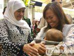 khofifah-menyambut-kedatangan-pekerja-migran-indonesia-pmi-alias-tki-di-bandara-juanda.jpg