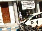 kondisi-kendaraan-pasca-mengalami-kecelakaan-tunggal-di-jalan-raya-trunojoyo-sampang.jpg