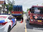 kondisi-truk-yang-mengalami-kecelakaan-di-jalan-diponegoro.jpg