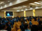 kongres-v-pan-di-kendari-sulawesi-tenggara-ricuh-dan-saling-lempar-kursi.jpg