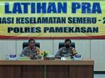 latihan-pra-operasi-keselamatan-semeru-2021-di-gedung-bhayangkara-sabtu-1042021.jpg