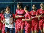 latihan-tim-madura-united1.jpg