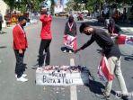mahasiswa-memblokade-jalan-jamaluddin.jpg