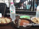 makanan-pentol-dhulit-dengan-ciri-khas-sambal-petis-asli-madura-di-desakecamatan-bluto-sumenep.jpg