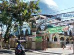 masjid-agung-sampang-di-jalan-pahlawan-kelurahan-rong-tengah.jpg