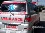 mobil-ambulans-mengantar-pasien.jpg