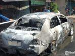 mobil-sedan-terbakar-di-sidoarjo.jpg