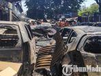 mobil-terbakar-dalam-kebakaran-bangunan-di-dekat-pasar-beras-bendul-merisi-surabaya.jpg