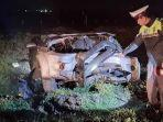 mobil-toyota-fortuner-yang-kecelakaan-ditol-solo-ngawi.jpg