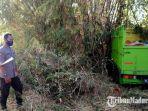 mobil-truk-menabrak-pohon-bambu-di-kecamatan-tlanakan-kabupaten-pamekasan-madura.jpg