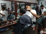 pangkas-rambut-modern-barbershop-mr-mbois.jpg