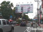papan-reklame-di-jalan-merdeka-kota-blitar.jpg