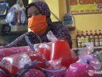 pedagang-bahan-makanan-dan-minuman-takjil-di-pasar-besar-kota-malang.jpg