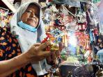 pedagang-bumbu-dapur-pasar-wonokromo-surabaya-tarsih-62.jpg