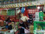pedagang-dipasar-wonokromo.jpg