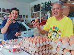 pedagang-telur-yang-ada-di-pamekasan-di-tahun-baru-2021-harga-telur-mengalami-kenaikan.jpg