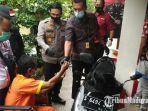 pelaku-ditangkap-saat-sedang-beraksi-mencuri-sepeda-motor-di-lamongan.jpg