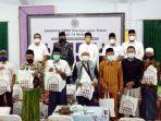 pemberian-bantuan-dari-para-anggota-dprd-jatim-dari-dapil-madura.jpg