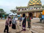 penerapan-protokol-kesehatan-di-kawasan-wisata-religi-bangkalan.jpg