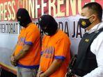 pengedar-sabu-dan-kurir-sabu-jaringan-malaysia-akhirnya-diringkus-ditresnarkoba-polda-jatim.jpg