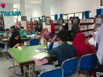 pengunjung-dinas-perpustakaan-dan-kearsipan-pamekasan.jpg