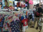 pengunjung-mall-itc-surabaya.jpg